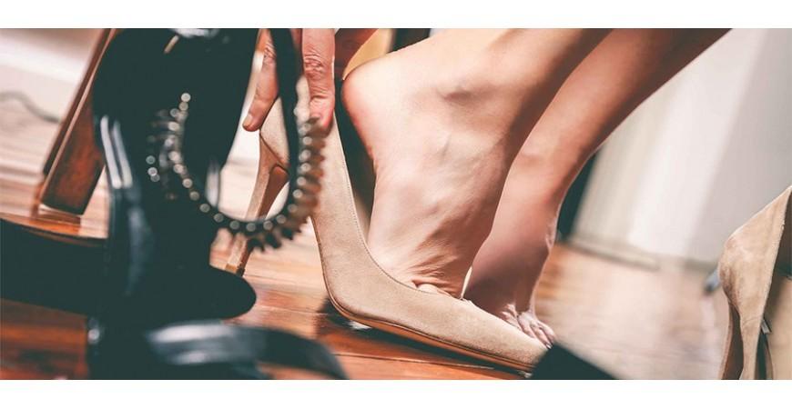 طرز استفاده صحیح از کفش پاشنه بلند برای بانوان